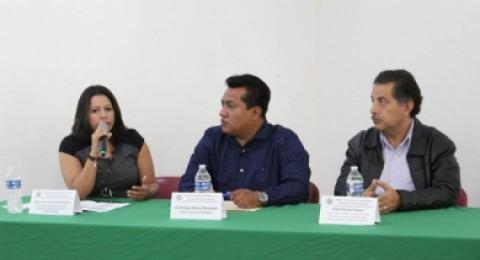 """<a href=""""/continua-capacitacion-para-sujetos-obligados-de-morelos"""">Continúa capacitación para sujetos obligados de Morelos</a>"""