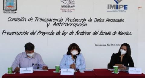 """<a href=""""/comunicacionsocial/oficializa-imipe-proyecto-de-ley-de-archivos-ante-el-legislativo""""> Oficializa IMIPE Proyecto de Ley de Archivos ante el Legislativo</a>"""