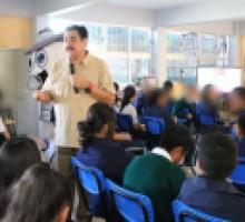 Platica del comisionado Víctor Díaz