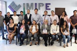 Visitan estudiantes de la Facultad de Derecho de la UAEM el IMIPE